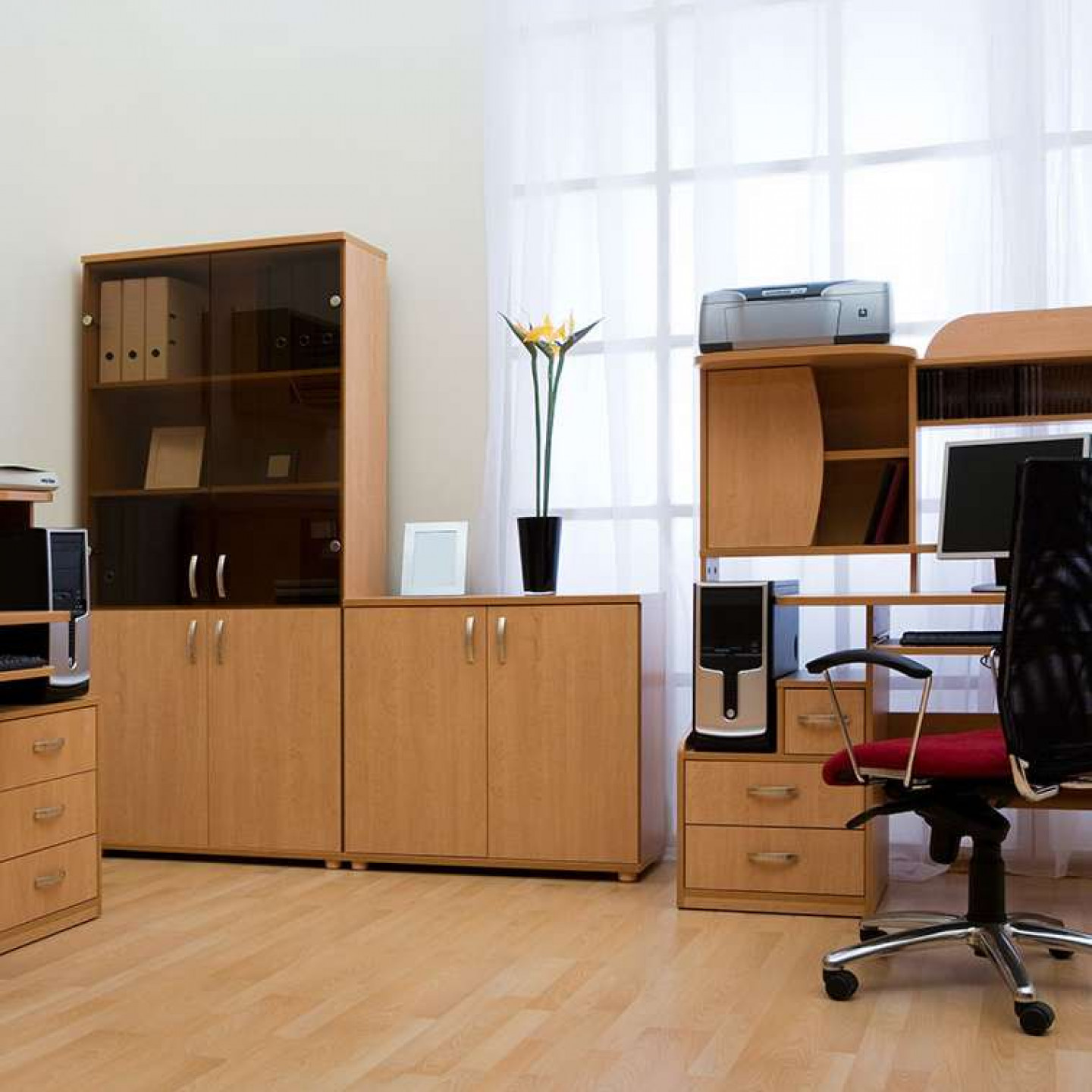 4 reasons to install custom commercial cabinets